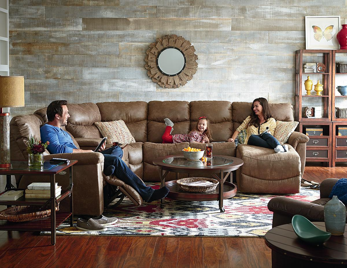 Make Your Living Room Better With Leather Design By Gahs